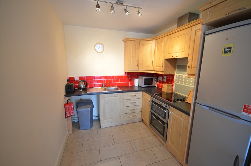 2-bed-to-let-The-Waterways-Sallins-04