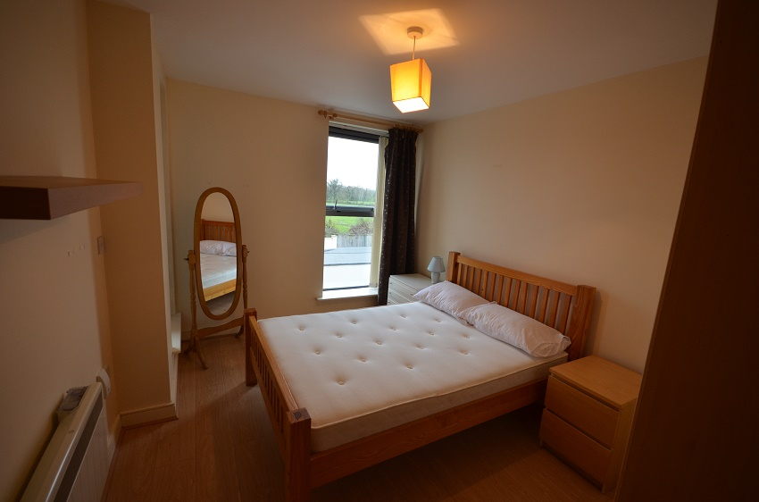 2-bed-to-let-The-Waterways-Sallins-06