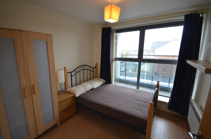 2-bed-to-let-The-Waterways-Sallins-07