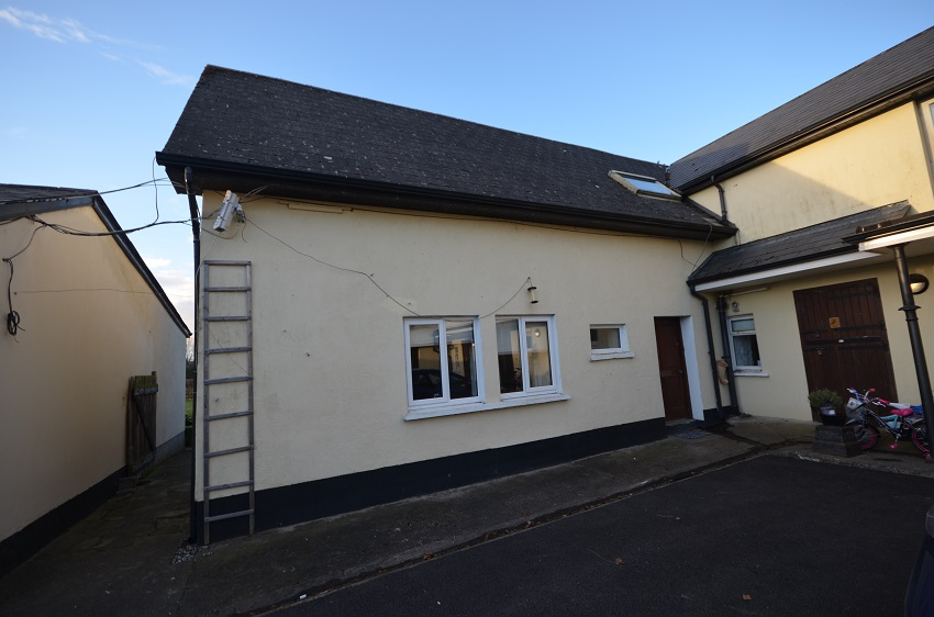 2 bed to let Caragh, Naas