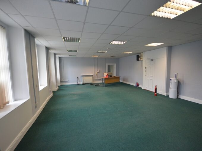 Office to let Main Street, Naas 01