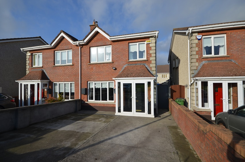 10 Broadfield Meadows, Rathcoole