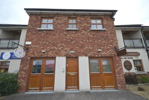 5 Old Chapel Court, Caragh 01