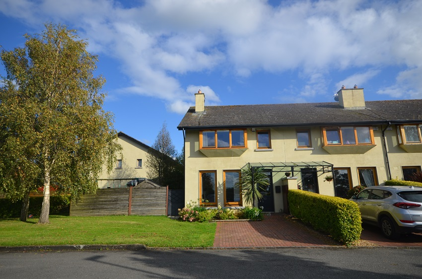 21 The Stables, Kill, Co. Kildare.